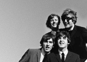 和约翰列侬一起穿越星际